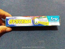 Systema Icy Squeesy Mint Advanced Oral Care System Toothpaste 40g